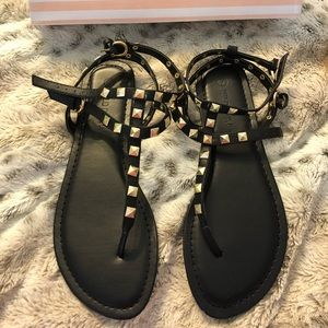 Boutique Rockstud lookalikes! Size 7 | NWT
